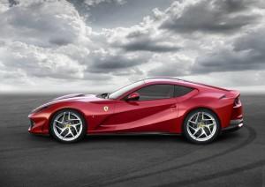 Ferrari 812 Superfast.